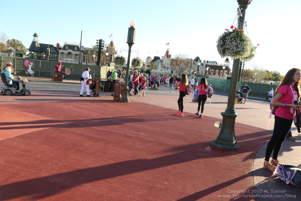 Turning around with back to Cinderella Castle, looking back towards Main Street from center Hub.